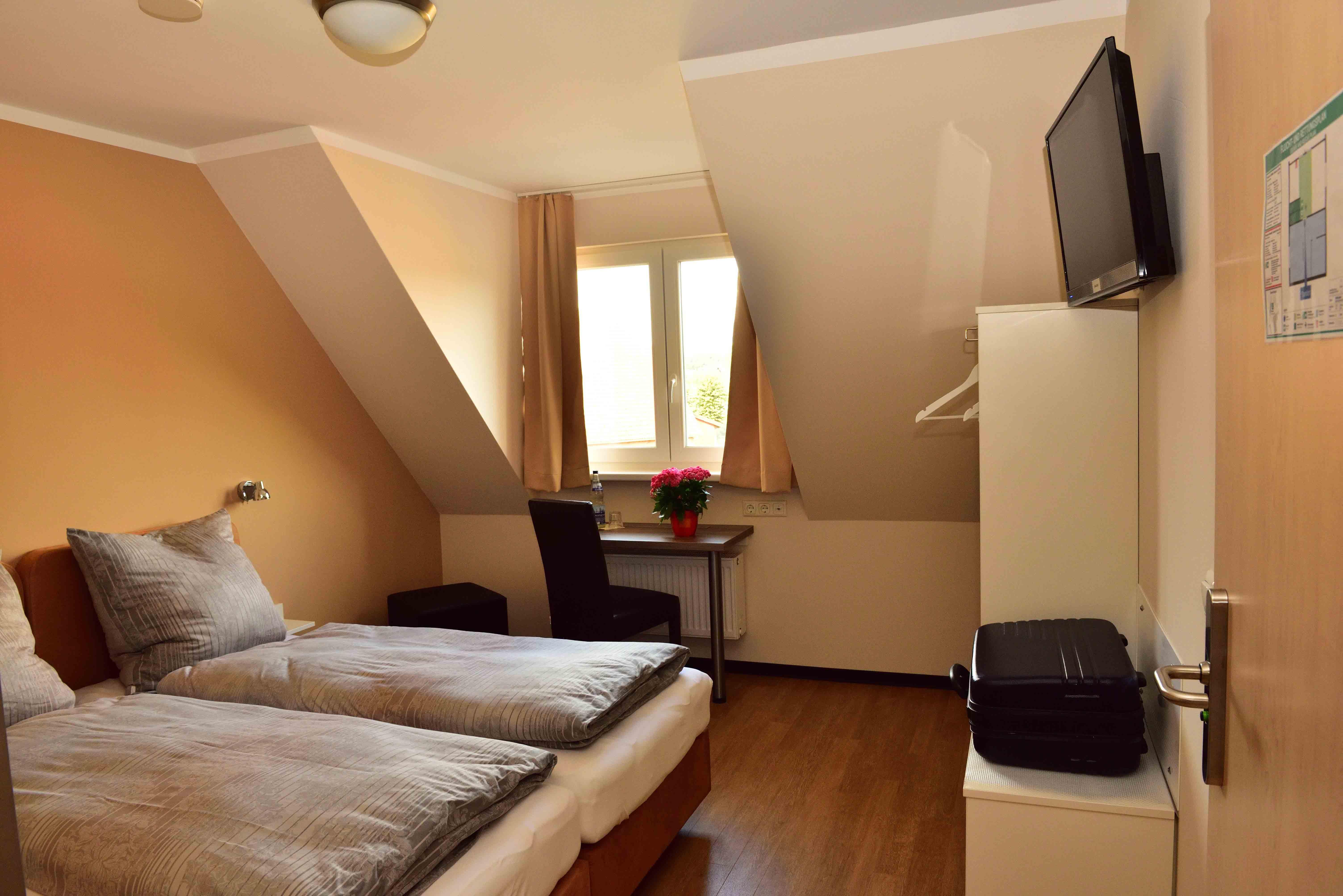 Hotel Garnilo, Stapelfeld (Hotel garni)